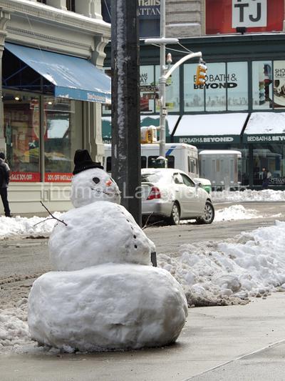 Curbed Snowman