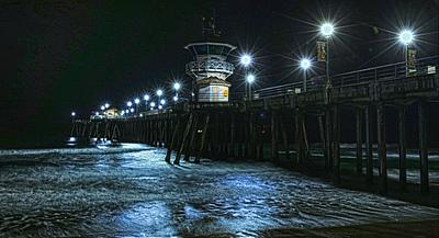 SOUTHSIDE HB PIER PEACEFUL 4 AM
