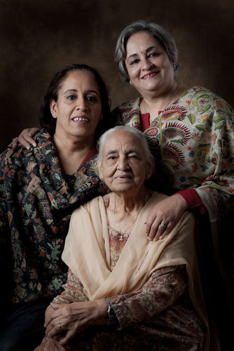 My Mother, Deesh Khanna and sisters, Meenu Kapoor and Amu Nagpal.