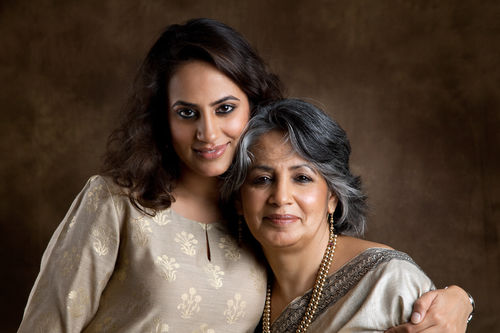 Gayatri Ghadiok and her daughter, Mrinalini