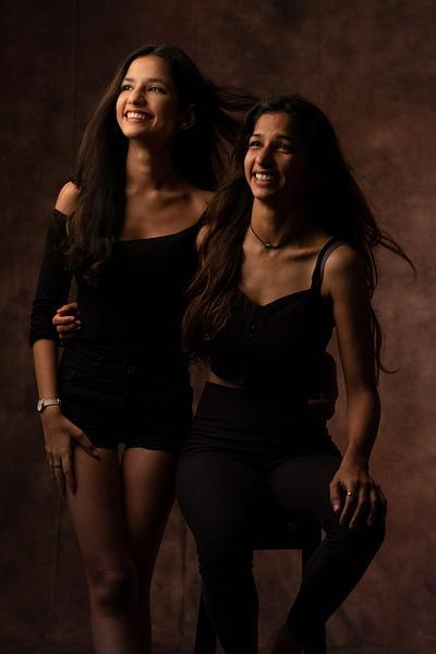 Myra & Mahi Khanna