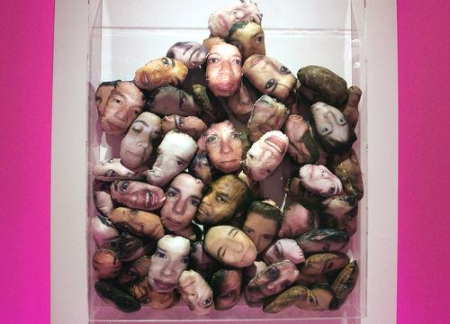 Box Heads (2003)