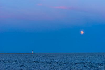 """Moon Rise"""