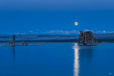 """""""Moon Over Tufa"""""""