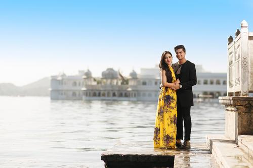 Destination wedding photographer in Udaipur