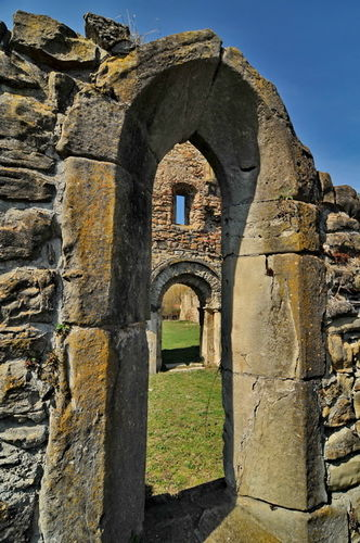 Abatia cisterciana de la Carta 0010