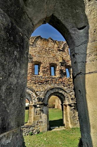 Abatia cisterciana de la Carta 0011