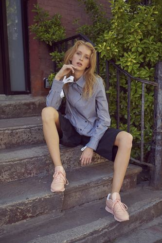 Photographer - Frankie Marin  Stylist - Shawna Ferguson  Model - Alixe Lyon