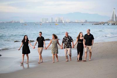 Diane and Family // Puerto Vallarta, Mexico