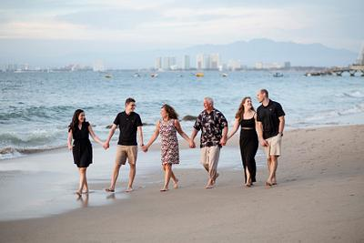 Diane Anderer and Family // Family Day Session // Puerto Vallarta, Mexico