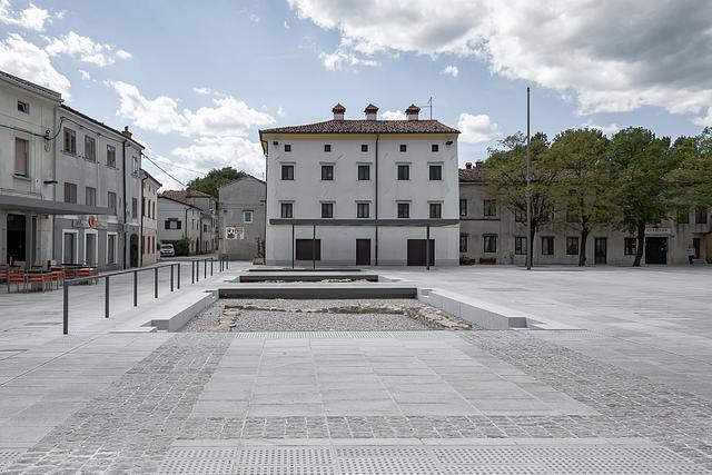 Lavrič Square, Ajdovščina . urban intervention