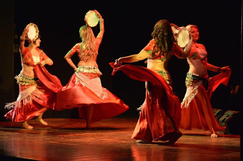 danza con tamburello - El-Fen El-Arabi (2015)