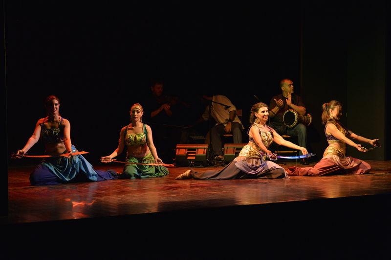 danza con spada - El-fen El-Arabi (2015)