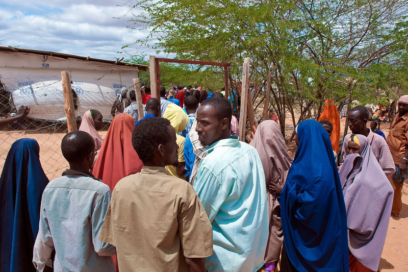 Refugees arrive for registration at the Ifo camp, in Dadaab, Kenya, May 22, 2014.