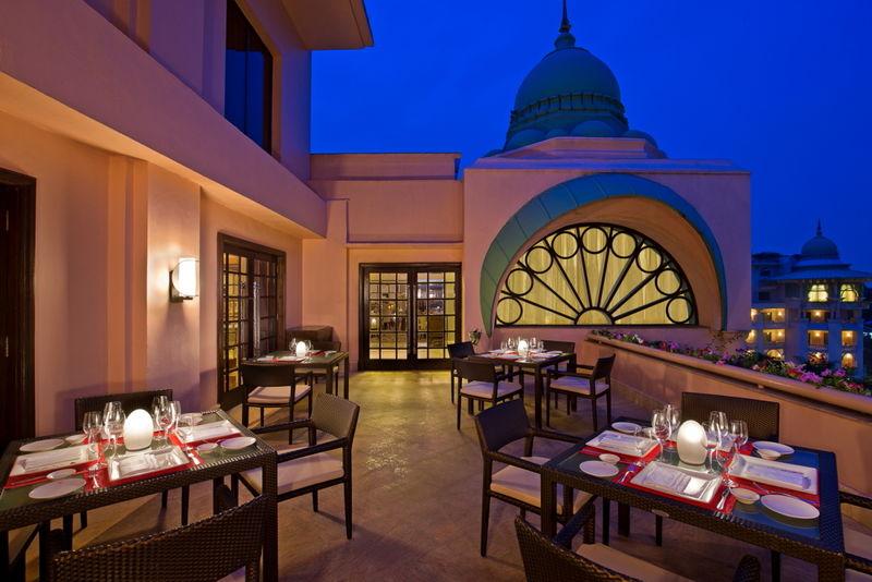 Le cirque - Leela Palace Hotel Bangalore