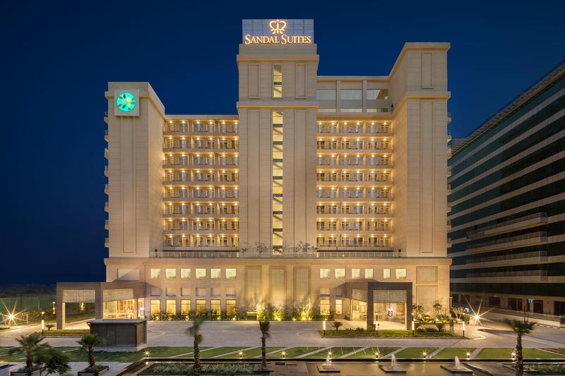 Lemon Tree Hotel Noida