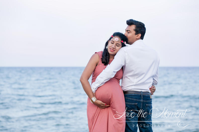 Stunning Maternity session at Port Union Beach