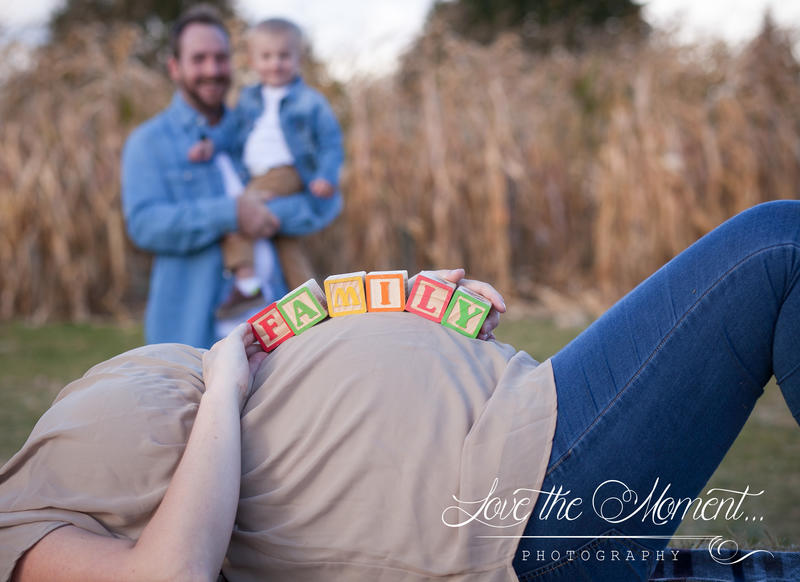 Sweet maternity session at Whittamore's Farm Pickering