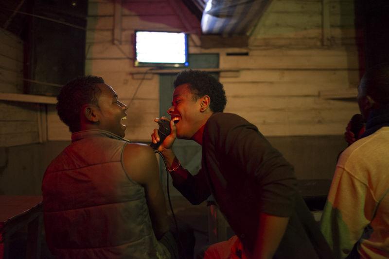 Manakara : Madagascar's crazy over karaoke