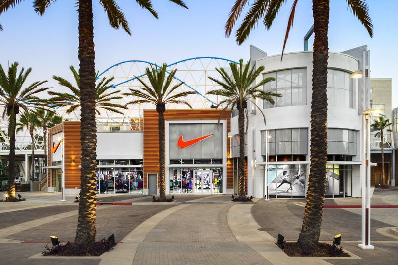 Client: Nike Factory Stores