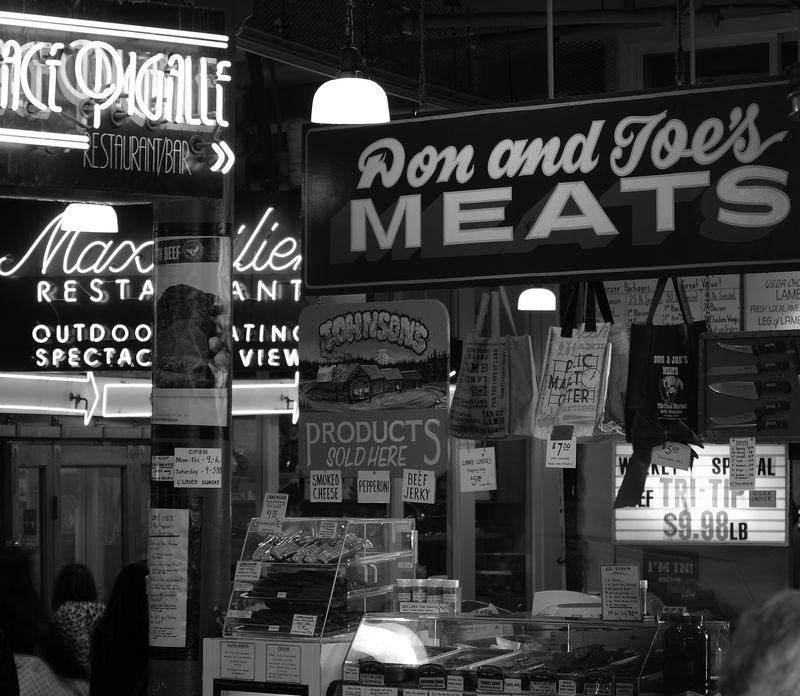 Pike Place Signs