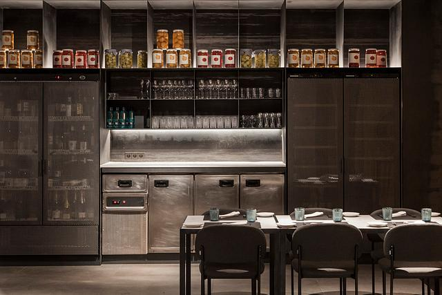 Ampliación restaurante Habitual de Ricard Camarena