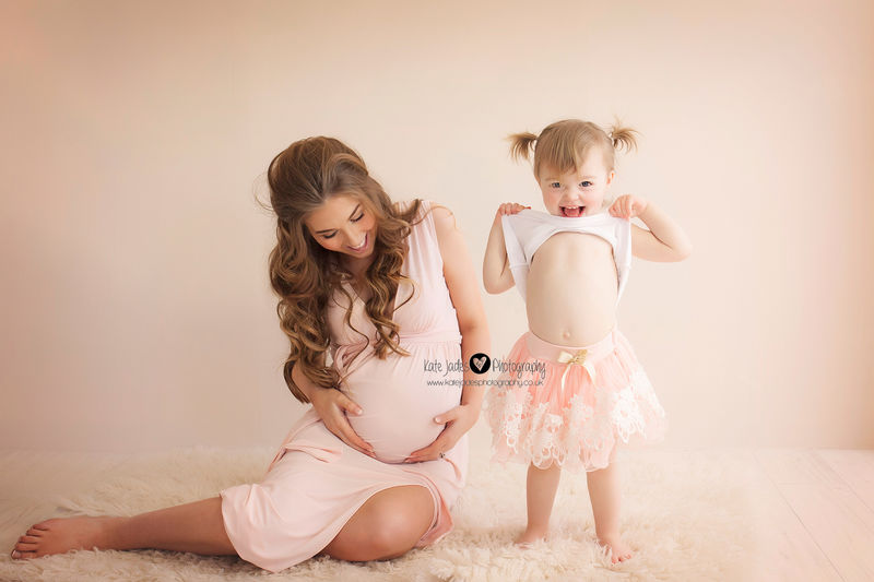 Stunning Maternity & Pregnancy Photography at Kate Jades in Hinderton Hall Estate covering Wirral, Cheshire, Chester & Liverpool with people traveling from all over the UK.