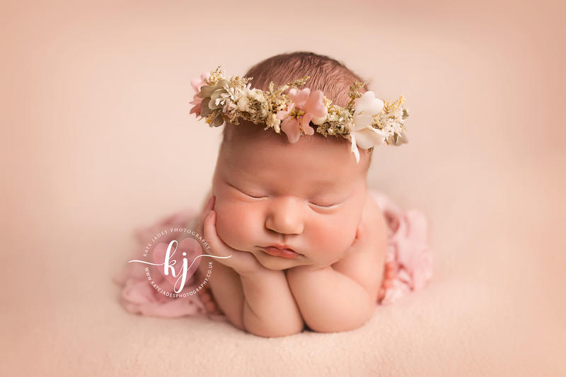 Newborn Photoshoot in Wirral, Liverpool & Cheshire by Kate Jades Photography
