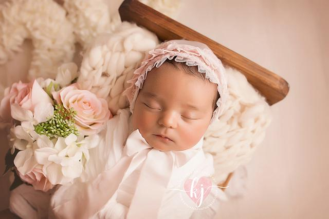 newborn photography by kate jades photography . Wirral, Cheshire, Liverpool.