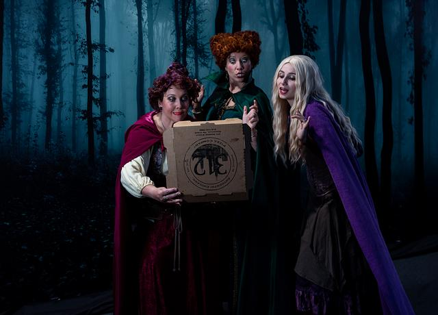 312 Pizza Hocus Pocus Hallowe'en