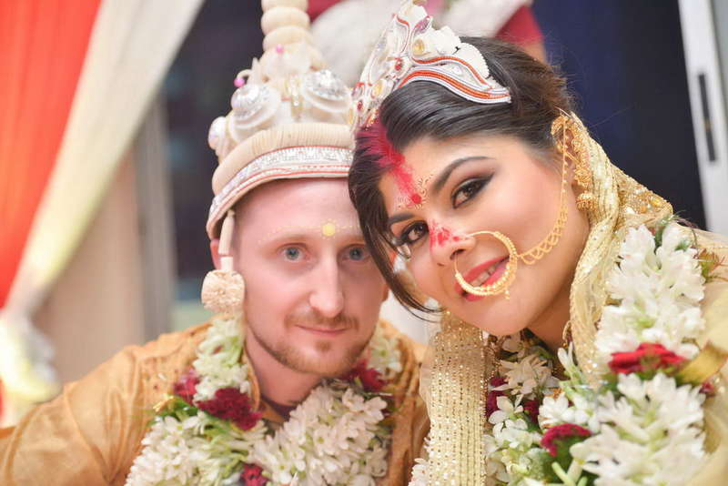 CLARE & MICHAEL'S - A CUTE BENGALI WEDDING IN KOLKATA