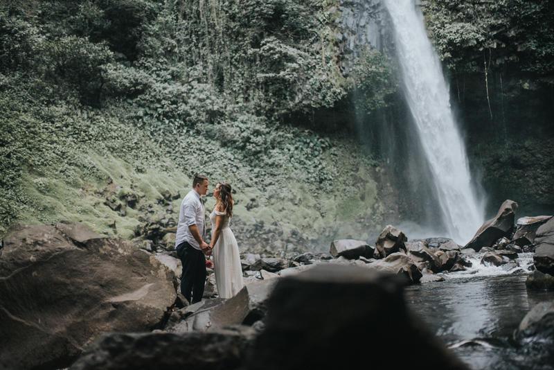 Lauren & Jordan, Elopement La Fortuna Waterfall, Costa Rica