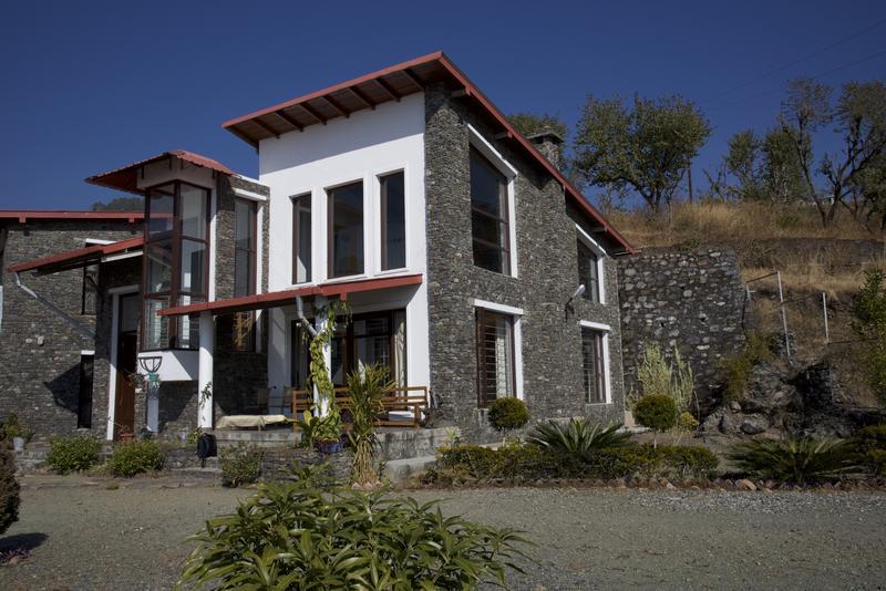 tirchaketh house, bhimtal,uk
