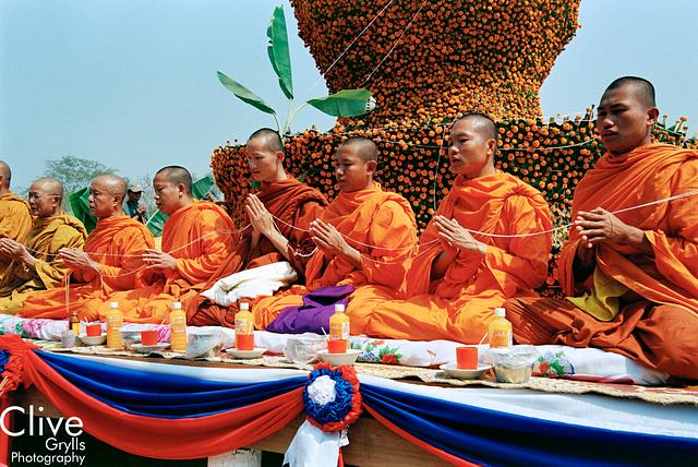 Elephant Festival, Sayaboury Province : Monks and Offerings