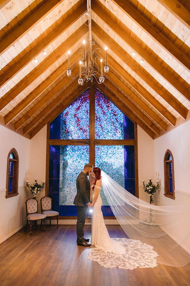 Nicole + Josh | Chapel Hill Retreat Berambing