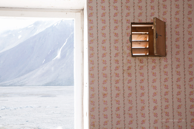 Lost Place: Pyramiden - Window to the Arctic