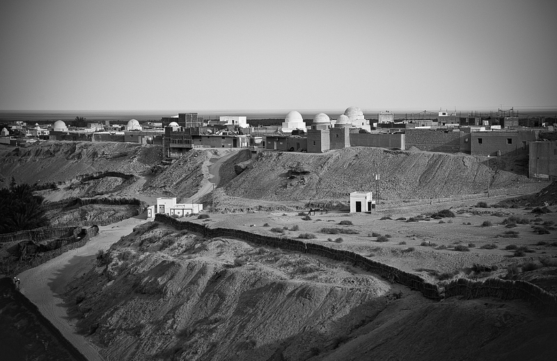 Historic oasis of Nefta, known for its numerous Sufi shrines.