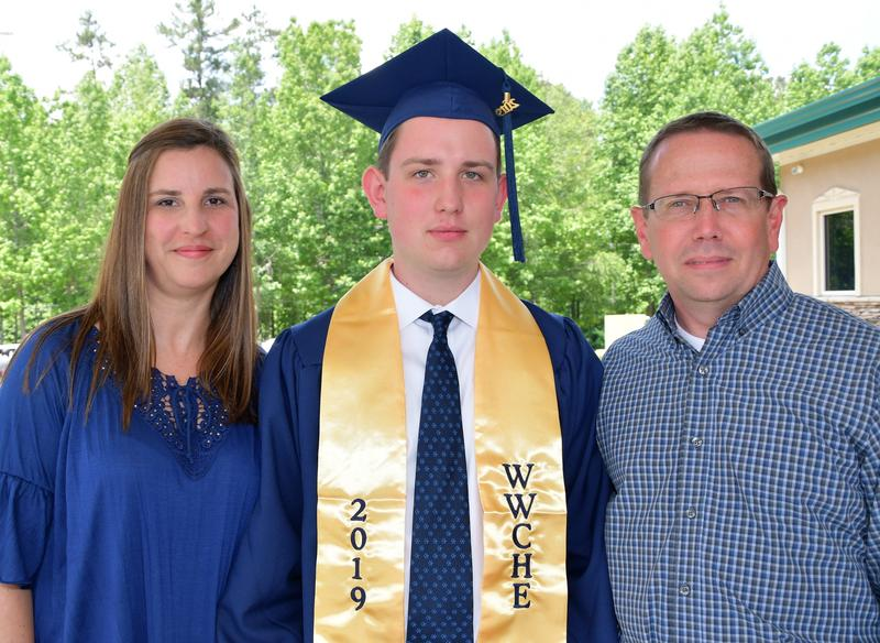 Fievet Family Grad Pictures 2019
