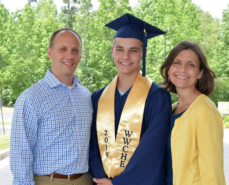 Marbutt Family Grad Pictures 2019