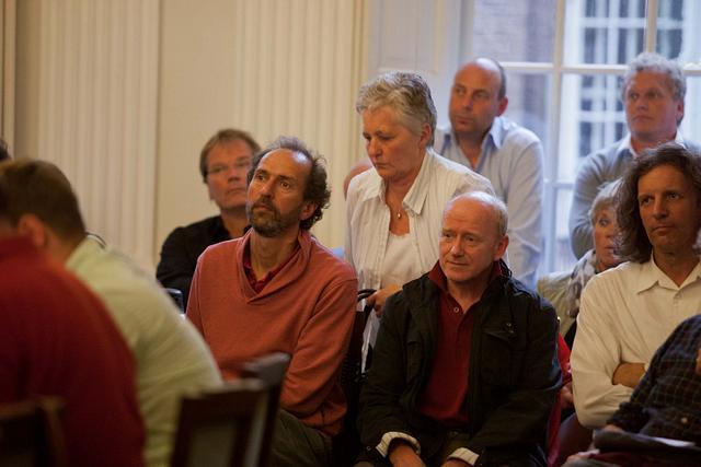 Het Domijn 2012 Raadsvergaderingen  en protest buiten gemeente huis weesp