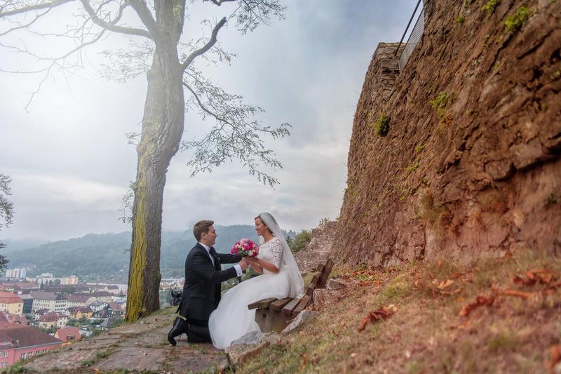 Sedinta foto cu mire si mireasa in ziua nuntii