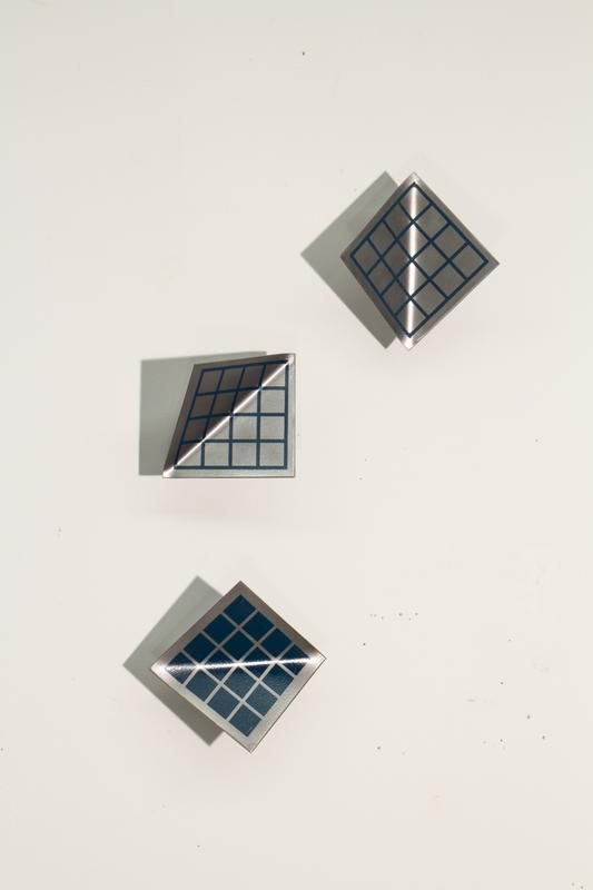 Unstable Model (Grid), 2014