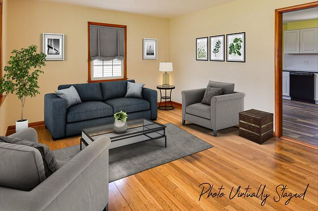 Virtual staging pictures in Fords NJ. Living room virtually staged in a Fords NJ vacant home