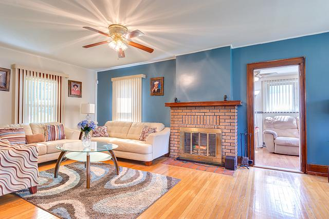 Local Real Estate Photographer - NJ - Living Room in Plainfield home in NJ