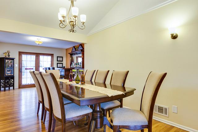 Home photography in central new jersey - home in Colonia Dining room picture