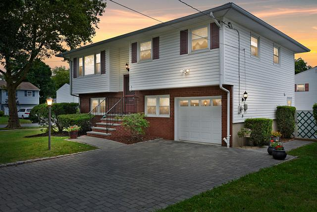 dusk home photography for real estate agents in  Piscataway