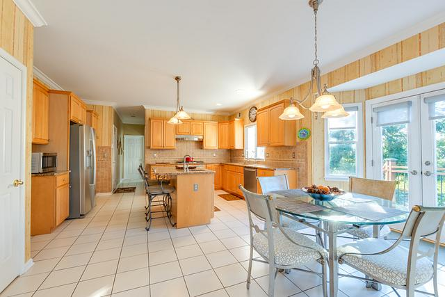 property photographer - kitchen
