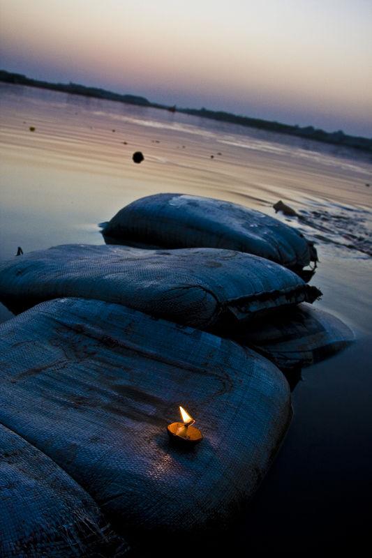Diya at kesi Ghat | Ed 1 of 10