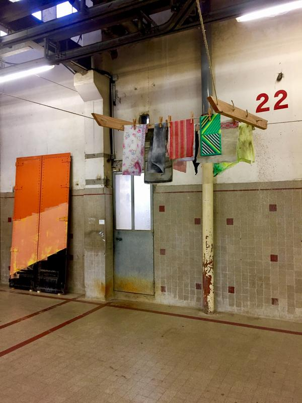 Clotheslines and painting (english & french)