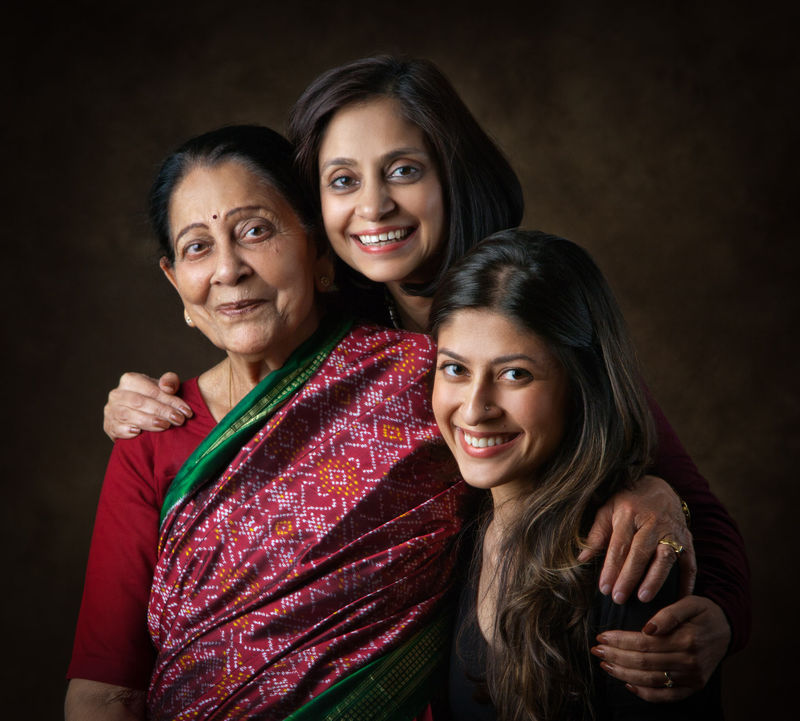 Vandana Prakash, with her daughter, Mallika, and Mom, Shashi Prabha Varma.